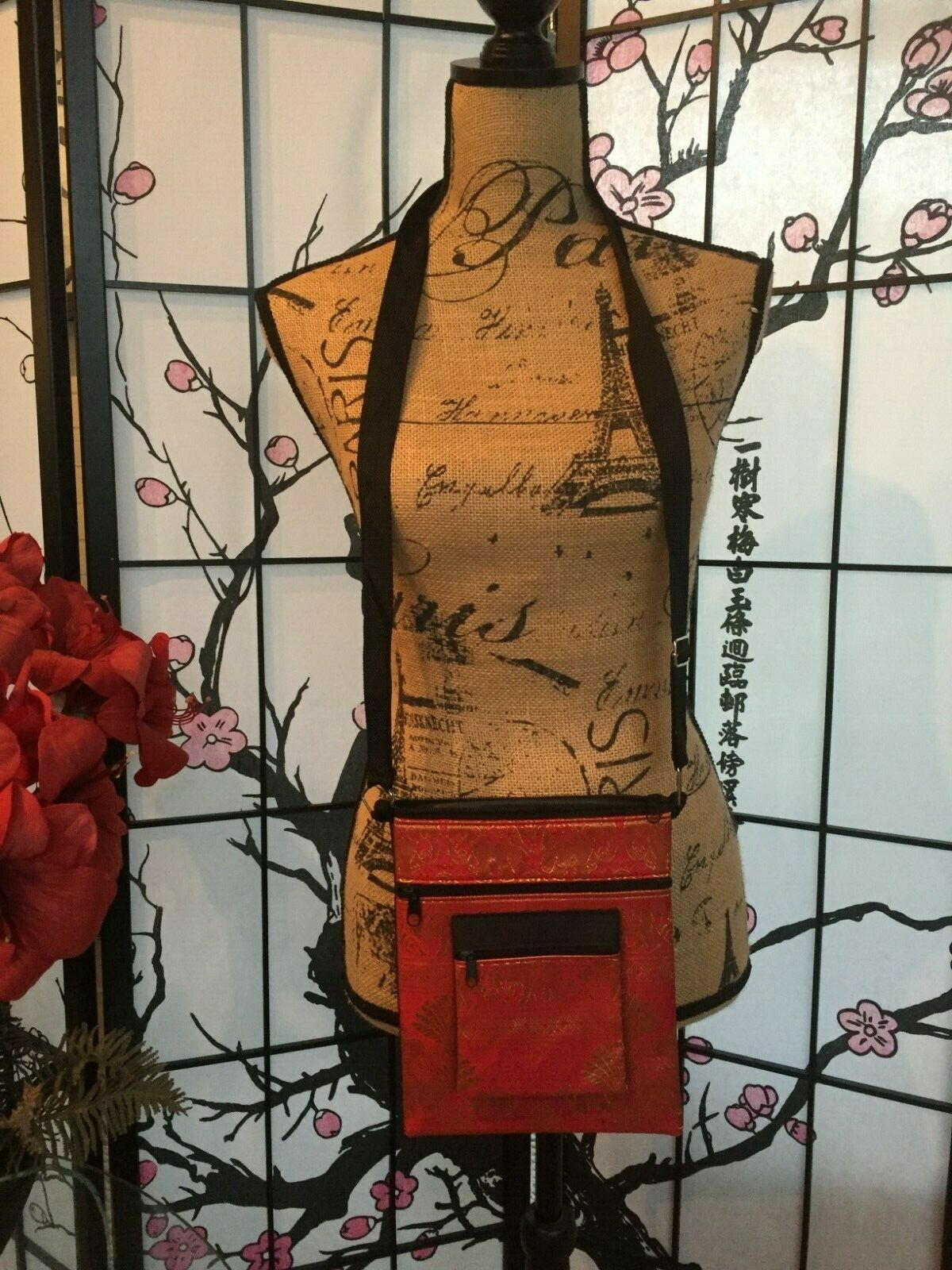 Thai red elephant print cross body bag multi-compartment purse, NWOT!