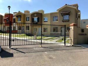 Casa con 3 recamaras y amplios espacios