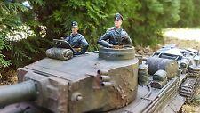 1:16 CP Modellbau, Kommandant und Schütze, schwarze  Uniform
