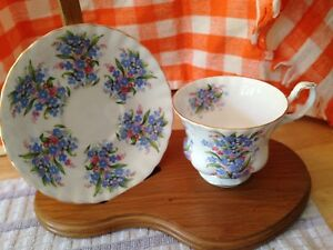 Footed-Cup-amp-Saucer-Bone-China-ROYAL-ALBERT-Springtime-Series-034-Forget-Me-Not-034