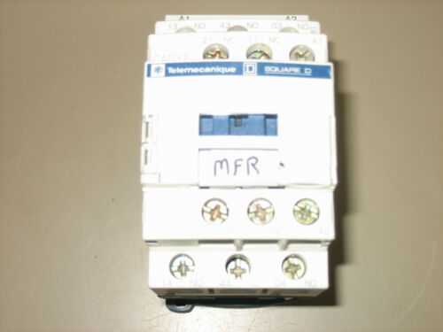 Telemecanique CAD32 Contactor with Cabling Accessory LAD4BBVG 50-127V USED