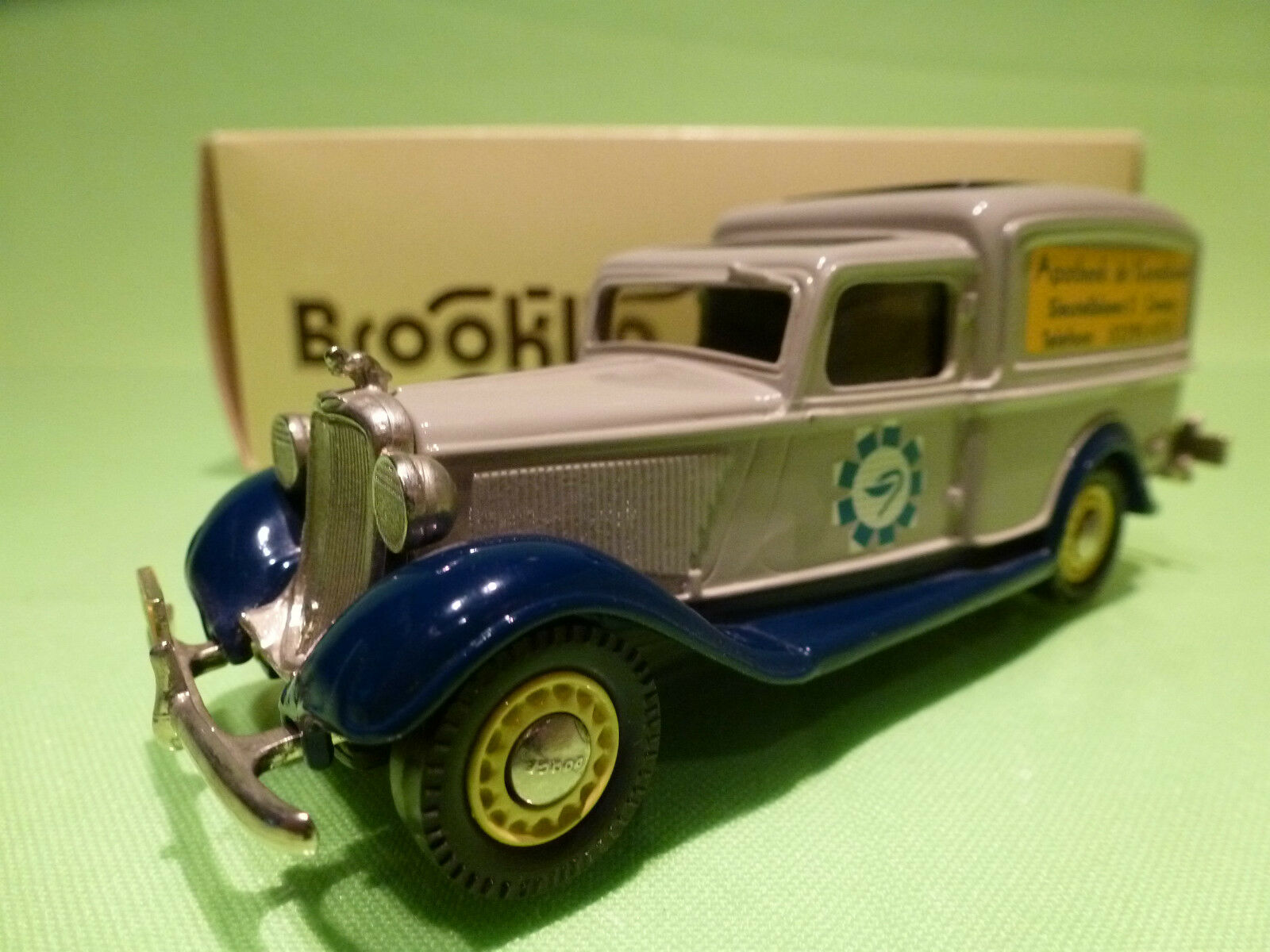 Brooklin modelle brk - 16x dodge van 1938 - apotheek korenbloem - 1 43 - nmib