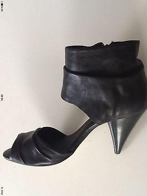 lårlange støvler læder sex shop holbæk