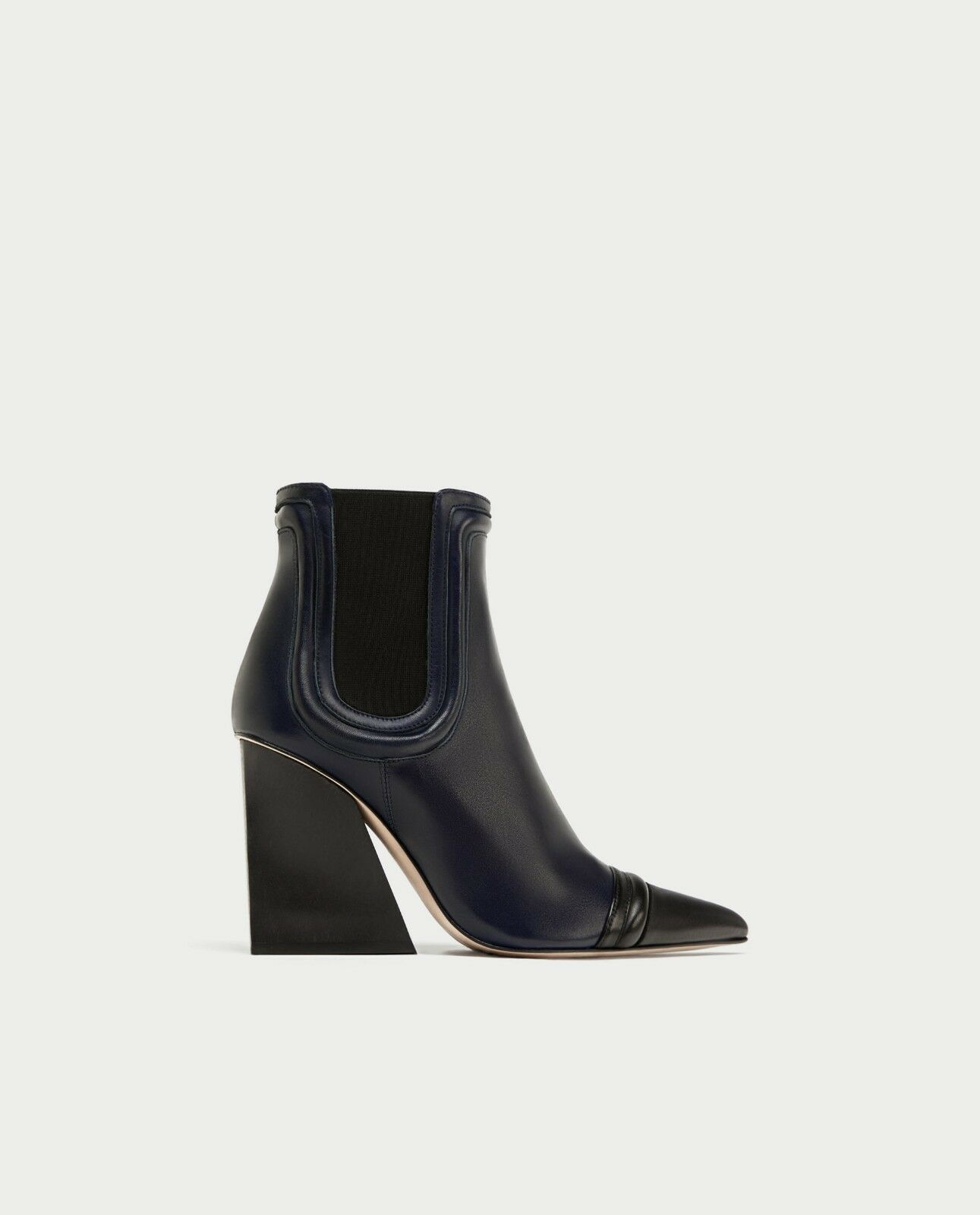 ZARA STUDIO NEW HIGH HEEL LEATHER ANKLE BOOTS WITH ELASTIC SIDE TABS 5134/201