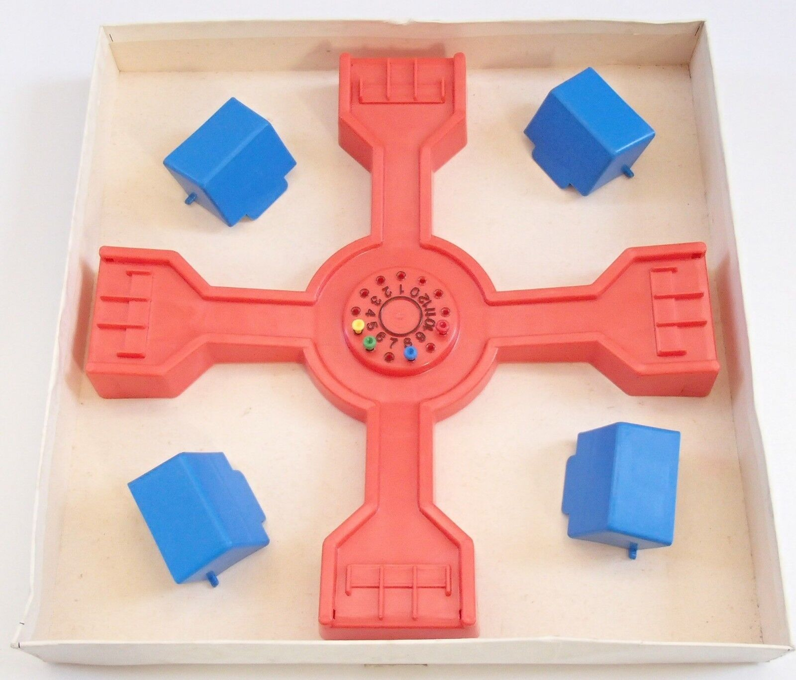 Rare Vintage 1982 Invicta Spoof Family Board Game of of of blueff & Guessing Complete b9330d
