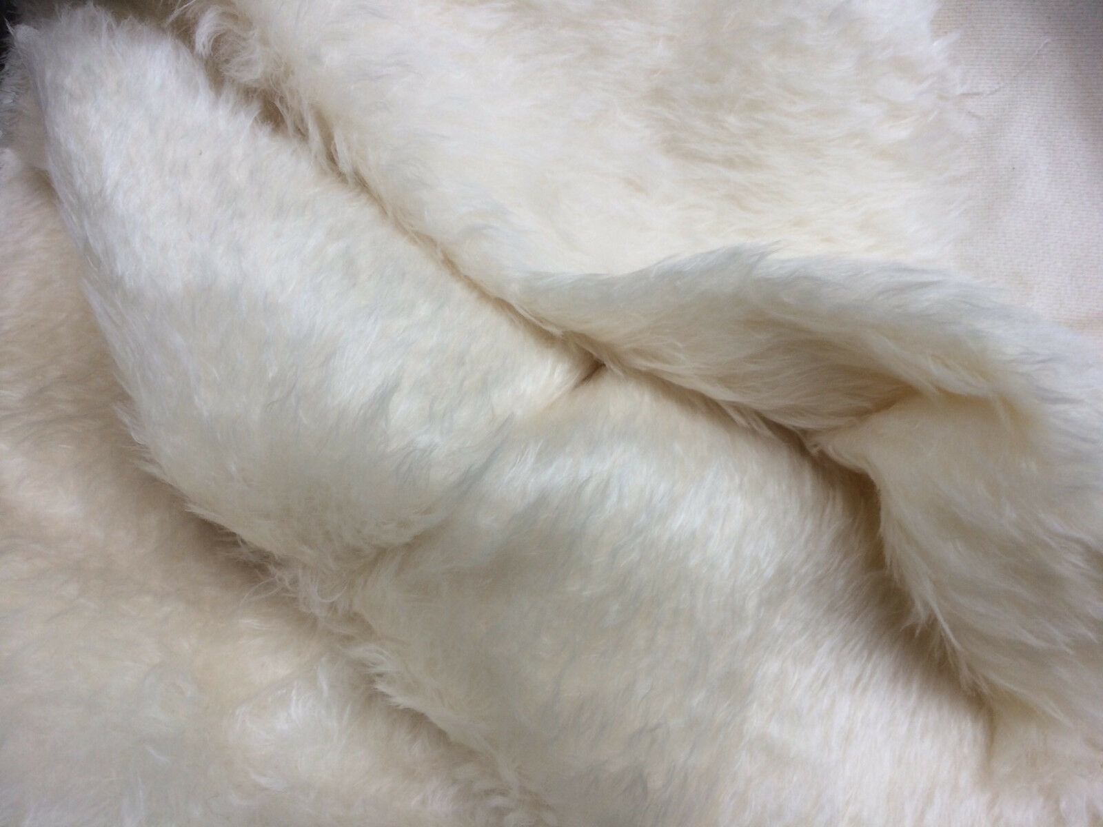 NEWF 1/4m 40mm Pile MEDIO DENSO  naturale  Mohair