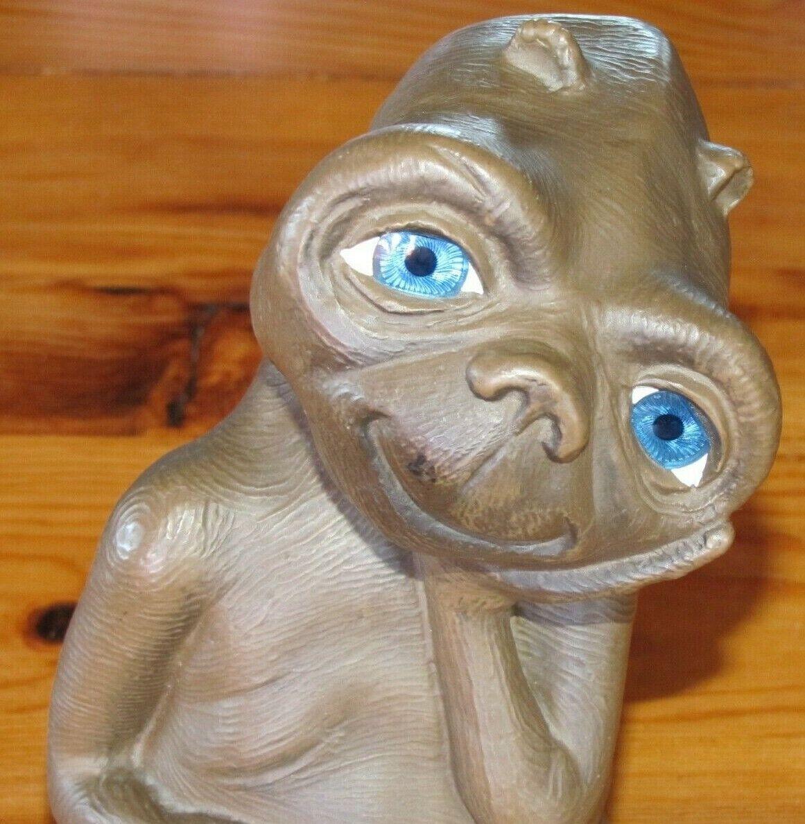 E.t. the extraterrestrial 20 cm figurine vintage rare collector (steven spielberg)