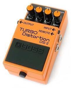 Boss-DS2-Effetto-Distorsore-a-Pedale