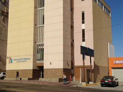 Consultorio En Renta En Blvd. Agua Caliente, Cerca De Cacho Y Centro