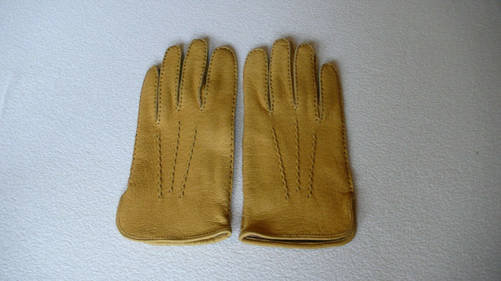 Dents Mens Peccary Leather gloves size 8