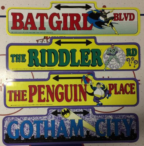 "82/' Batman Gotham city Plastic Street Sign DC Comics Vintage 18/"" x 4.75/"""