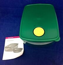 Large Tupperware Rock N' Serve 6 1/4 cup Green  NEW
