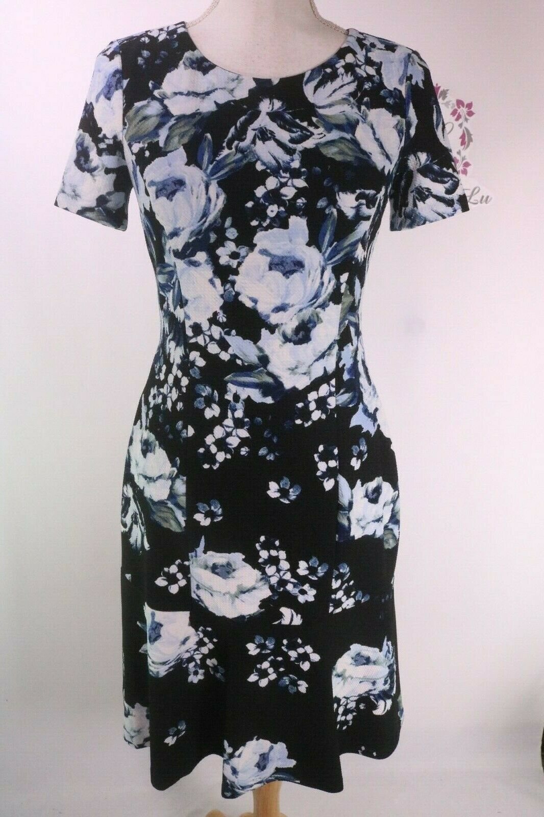 KARL LAGERFELD PARIS Floral Print Bullet Dress L8GB6920 Größe 2 6 10 New NWT