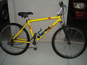 Trek 8000 Mountain Bike 18 Yellow Aluminum Frame 26 Street