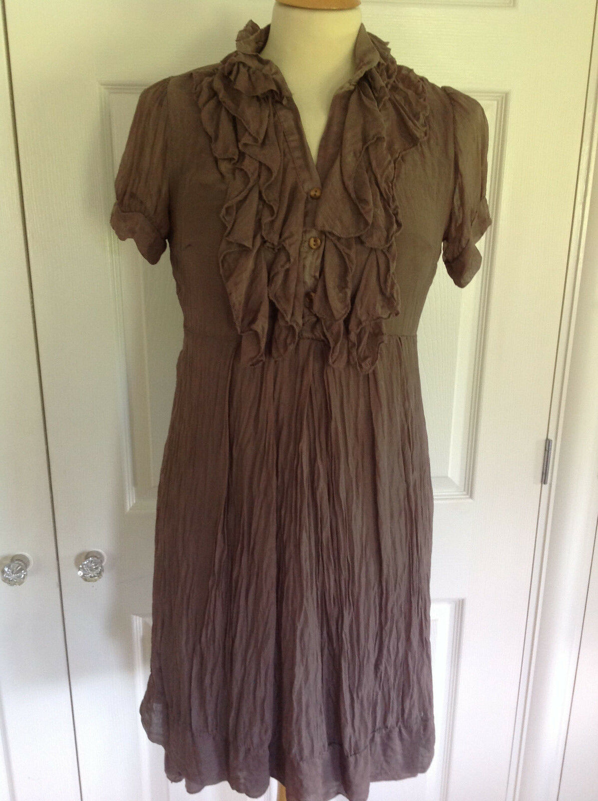 PHASE EIGHT beautiful soft brown 100% SILK short sleeve dress Size S