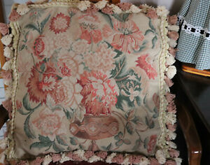 20-034-French-Country-Style-Handmade-Wool-Needlepoint-Pillow-Tassel-Antique-vase