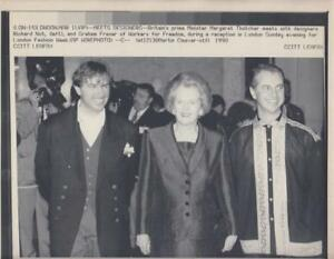 EP-665 MARGARET THATCHER WITH DONALD RUMSFELD /& GENERAL PETER PACE  8X10 PHOTO