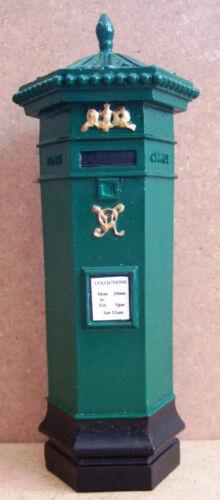 Casa De Muñecas-Verde Penfold Postbox-escala 12th