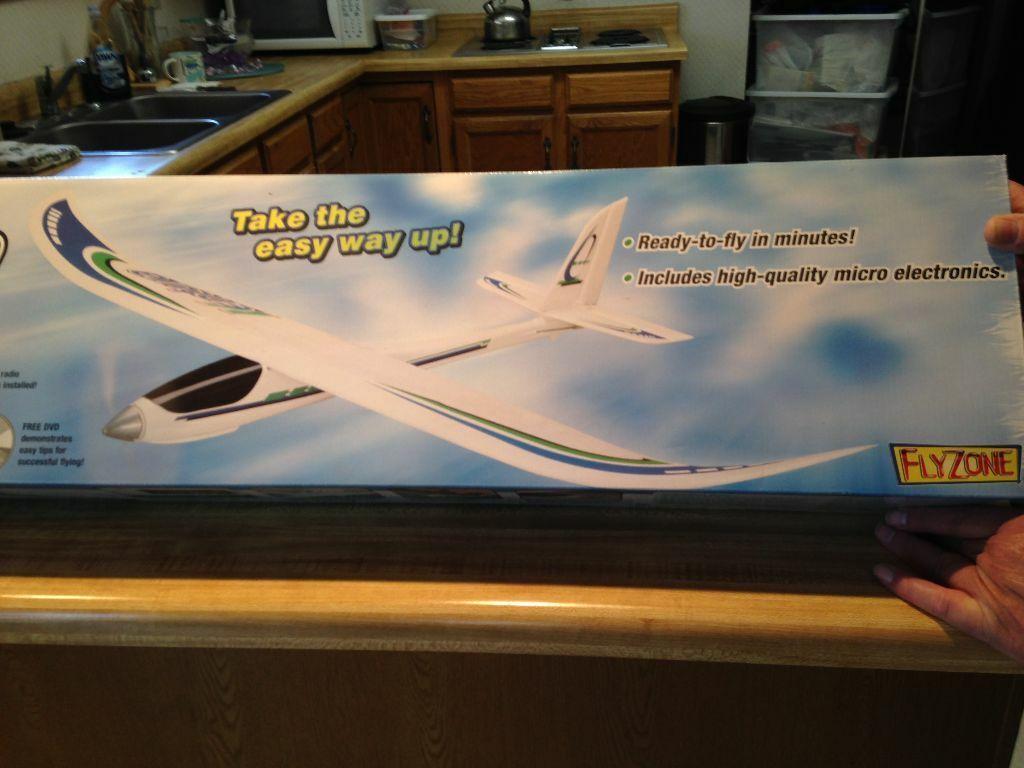 New R C Flyzone Ventura RTF - Ready To Fly Version