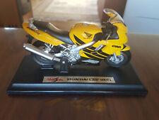 Honda CBR 600RR Silber 1//18 Bburago Modell Motorrad mit oder ohne individiuell..