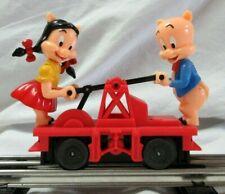 Lionel new  Porky pig and Petunia Figure handcar part