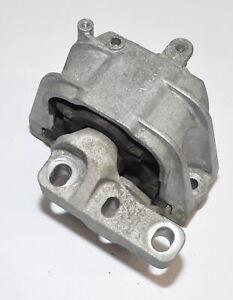 Subalmacen-de-motor-soporte-motor-motor-pilar-1k0199262al-golf-plus-1-6l-75kw-EEB-VW