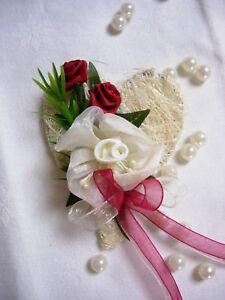 Hochzeit-Anstecker-Braeutigam-Braut-Trachtenhochzeit