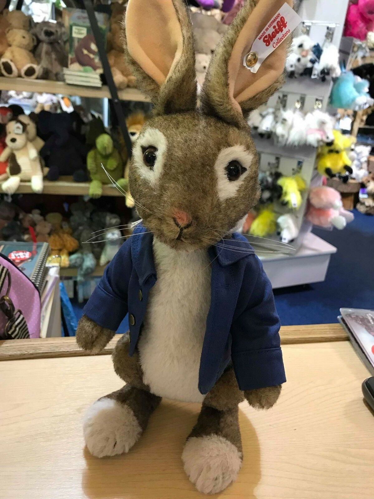 STEIFF Peter Rabbit Limited Edition Character EAN 355189 BRAND NEW 2018