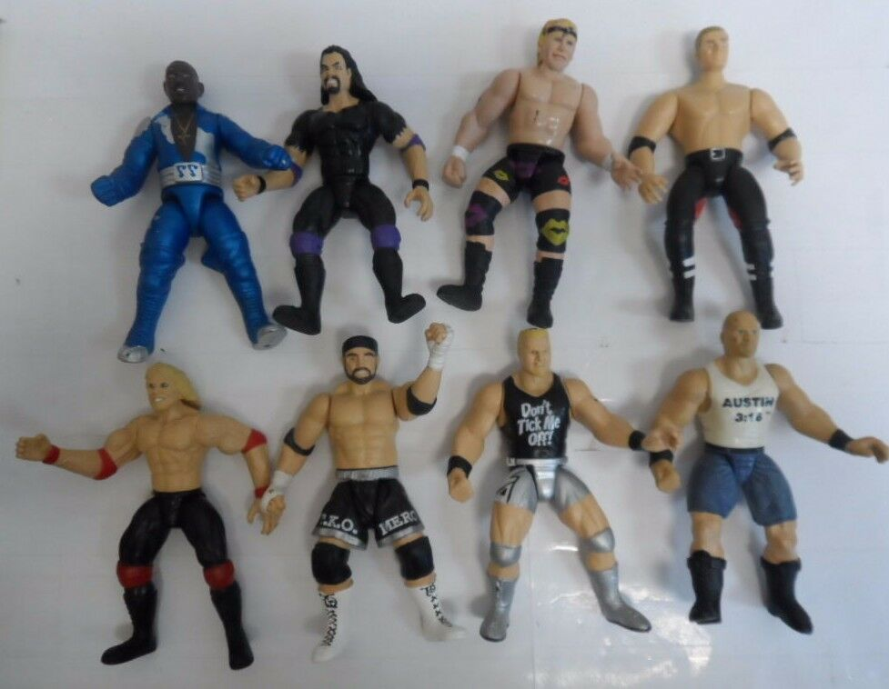 VINTAGE LOT OF 8 WWE ACTION FIGURES WRESTLING 6