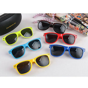 retro-9-COLORI-DONNA-UOMO-VINTAGE-UNISEX-moda-qualita-occhiali-da-sole-Classici