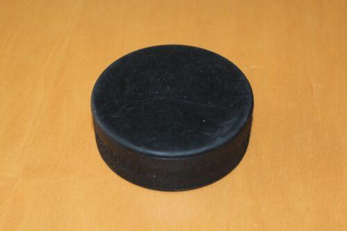 ohne Aufdruck schwarz 20 Stück NEU 1,40 €//Puck Eishockey Puck