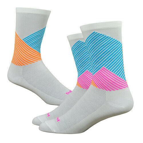 "Defeet Aireator 6/"" Color MT cycling socks"