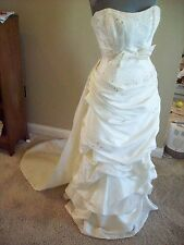 Ivory Taffeta Strapless Detach Train Bridal Gown Wedding Dress Size 10 @ cLOSeT