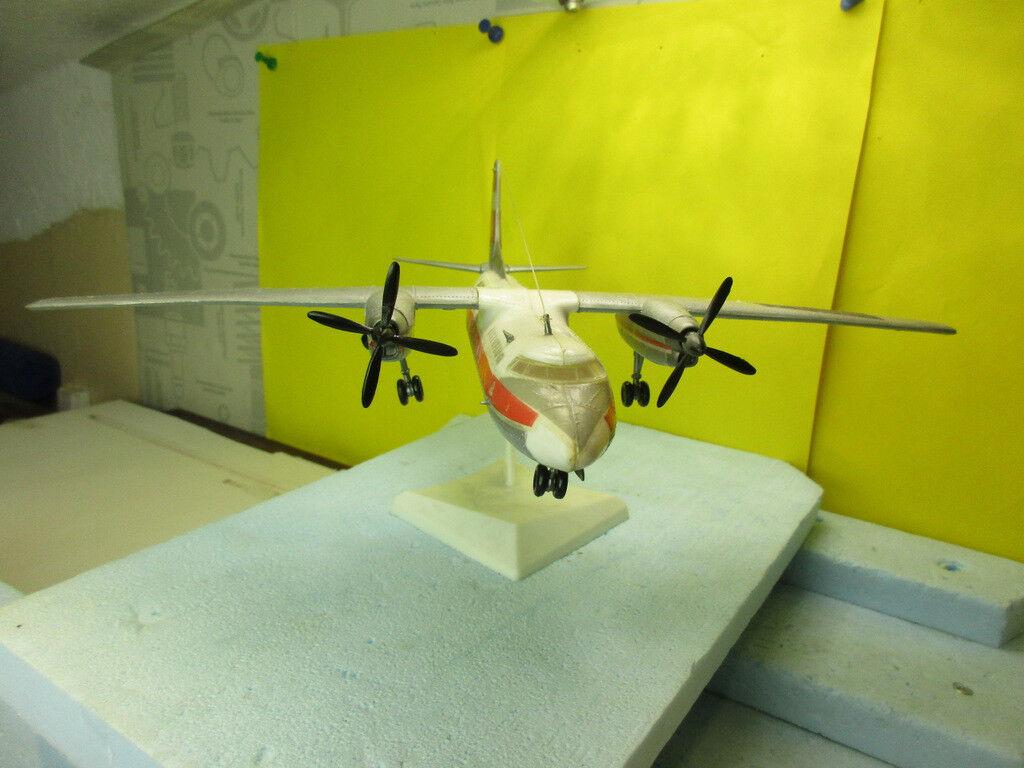 AN-24; Bausatzmodell, gebaut, VEB Kunstoff- Zschopau,