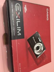 Casio Exilm 7.2 Mp Silber Digitalkamera EX-Z70 Slvr