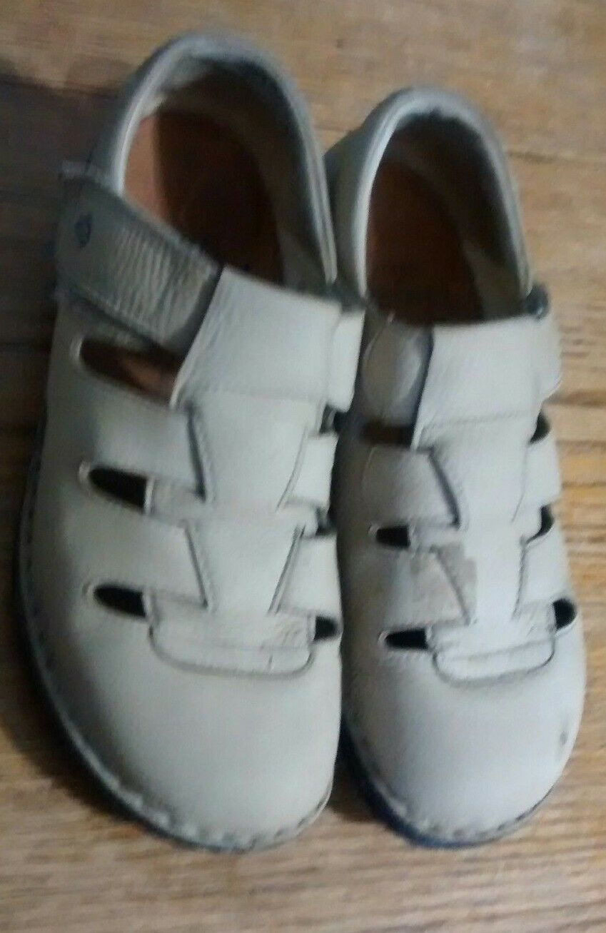 Finn Comfort Womens Size 39 B US 8 Cream     Suede Leather Mary Jane shoes strap. bcfa07