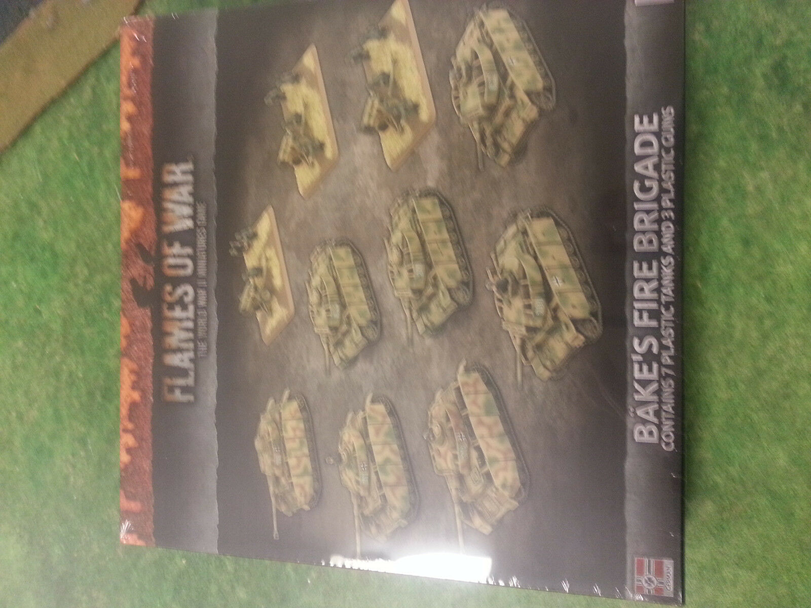 FLAMES OF WAR BAKE`S FIRE BRIGADE 7 TANKS AND 3 GUNS - NEW & SEALED