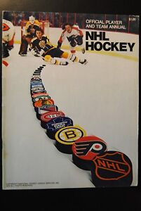 1974 NHL Hockey Official Player Team Annual Boston Bruins ... Bruins Roster 1974