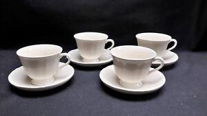 Wedgwood-England-Queensware-Queen-039-s-Plain-Set-of-4-Cups-amp-Saucers
