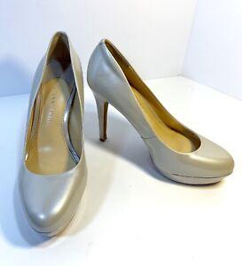 "d09bb8fa907 Details about GIANNI BINI Women's Stilettos SZ 6M Leather 4"" Heel; Light  Pearl Silver Tint"