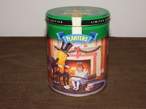 """VINTAGE 6 1/4"""" HIGH 1997 PLANTERS PEANUTS CHRISTMAS TIN CAN *EMPTY*"""