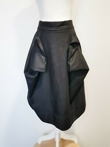 VIVIENNE-WESTWOOD-black-wool-fabulous-skirt-UK14-small-fit-NEW-made-in-Italy