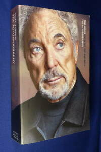 OVER THE TOP AND BACK Tom Jones THE AUTOBIOGRAPHY Large Paperback Book Music Bio