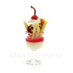 Dolls-House-Miniature-Strawberry-Ice-Cream-Sundae-In-a-Glass