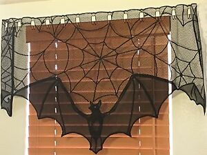 "Heritage Lace Fabric ""Black"" Bat Valance 36 W by 16 L by 22 L (823) L@@K"