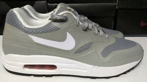 Details about Nike Air Max 1 FUSE SIze 10 Silver White Red Black Mens Running Shoe 543213 016