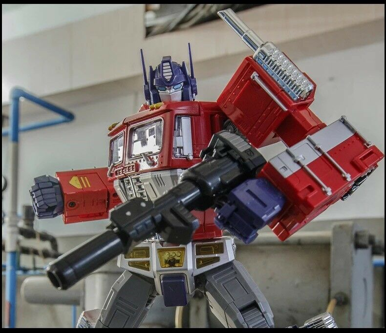 Transformers  WeiJiang MPP10 OverDimensioned G1 Optimus Prime Action Figure
