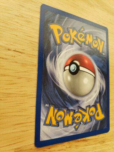 Base Set 23//102 Arcanine Pokemon Card