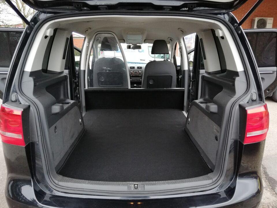 VW Touran 2,0 TDi 140 Comfortline BMT Van Diesel modelår