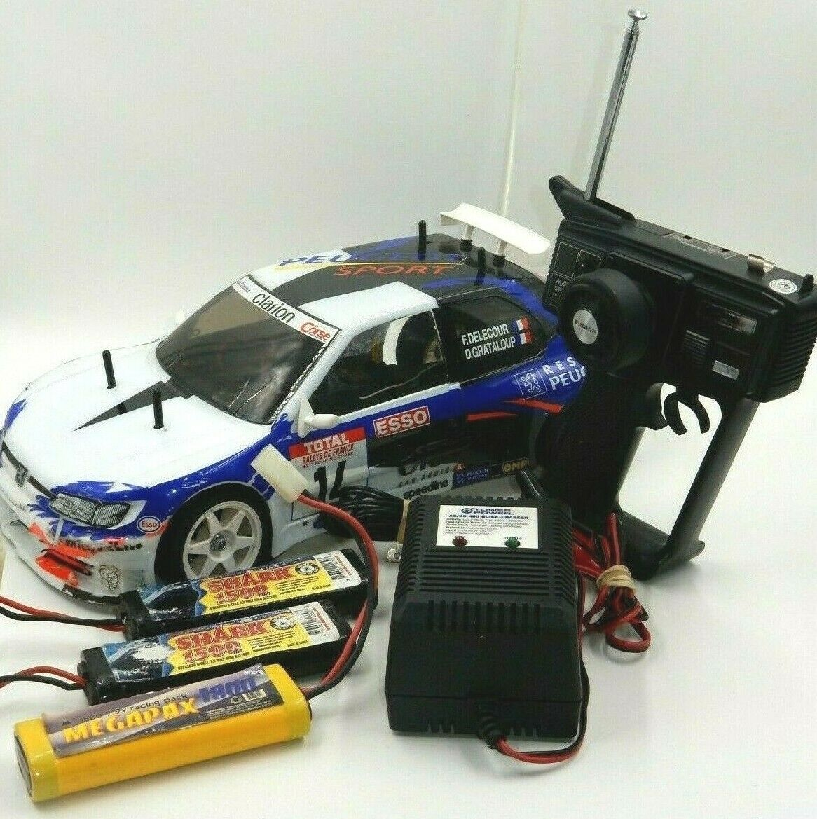 TAMIYA RC SCALE 1 10 PEUGEOT 306 MAXI WRC RALLY CAR W  3 BATTERIES & MORE